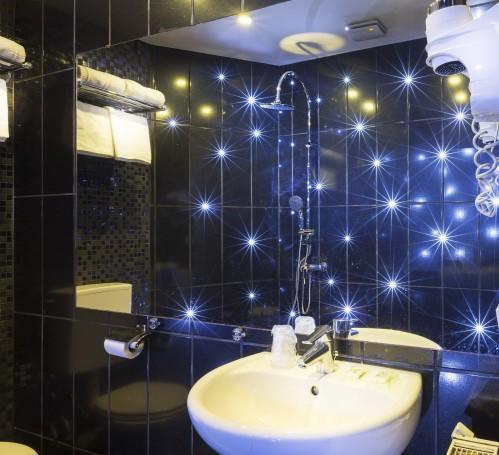 Hotel du Bresl - Bathroom