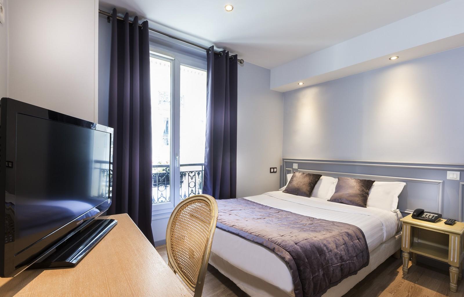 Hotel Du Bresil Paris Official Site Hotel Near Notre Dame Paris